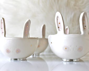 Ceramic Bunny Bowl with matching spoon and 22k gold luster- Bunny Bowl - Animal bowl - Cereal Bowl - bunny soup bowl - Pottery bunny bowl