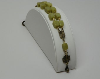 Green square New Jade Bead Stone bar chaplet with bronze colored pendent and clasp (BRB1)