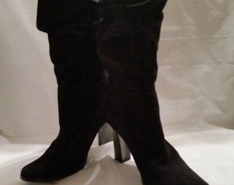 Dark Black Suede Leather Boots. Suede Pull On Scrunch Top Boots. Calf Length Black Suede Boots. Scrunch Top Design Pull On Suede Boots:(SALE