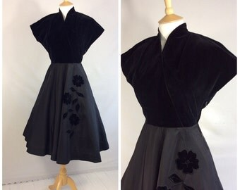 Late 40s Dress, Dancing, Party, Black , Full Skirt.UK size 10, US size 8.