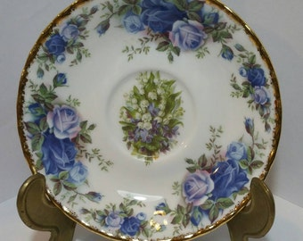 Vintage Decorative Wall Plate made from bone china in a choice of 5 styles.