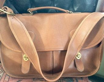 Vintage Coach Musette Tabac Briefcase Messenger bag