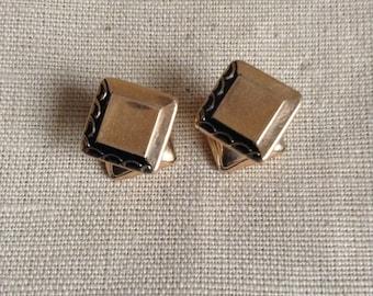 1930's cuff links.