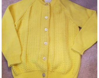 Reserved for Lairon/// Sweet Bright Yellow Vintage Cardigan, Small