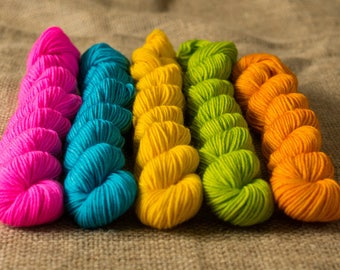 Boogie Nights Tiny Angus Gradient Yarn Set 5 x 20g SW Merino and Nylon