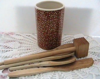 Crock and Wooden Utensils, Set of Wooden Spoons in Flower Motif Crock
