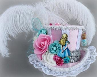 Alice Mini Top Hat, Alice in Wonderland Hat, Pink Fascinator, Pink Mini Top Hat, Tea Party Hat, Pink Alice Wedding Hat, Pink Women Top Hat