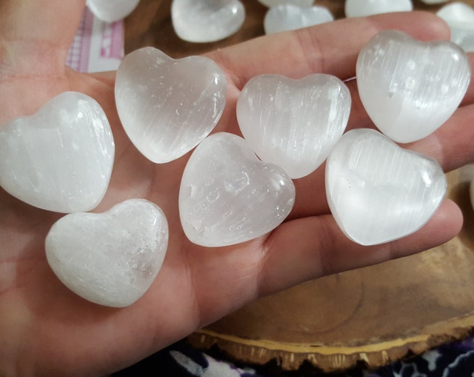 Selenite Heart ~ 1 Reiki infused 29-30mm crystal heart