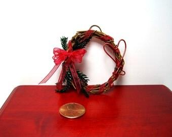 Valentine's Day Grapevine Wreath ~ Dollhouse Miniature ~ Heart Wreath ~ Miniature  Wreath ~