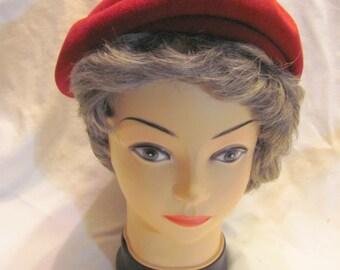 Vintage 1940's 1950's berry wine burgundy red wool beret tam cap hat
