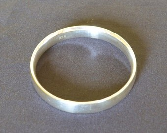 VINTAGE Heavy Large Sterling SILVER 925 Bangles Jewellery over 50 Grams.