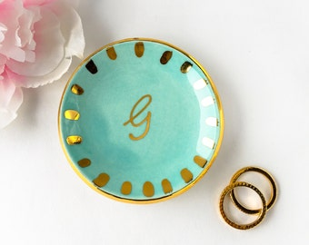 Gold Monogrammed Ring Dish with Starburst, Personalized Ring Dish - Ring Holder, Jewelry Holder, Ceramic Ring Dish, Engagement, Gift for Her