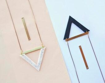 Proum Necklace · Geometric necklace · Minimal accesories