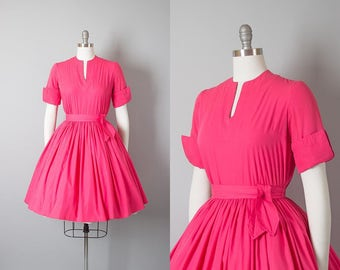 Vintage 1950s Dress | 50s JONATHAN LOGAN Hot Pink Cotton Full Skirt Day Dress (small)