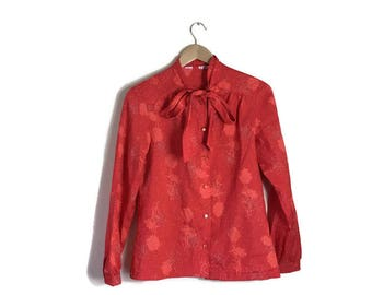 Red pussy bow blouse / 80s red shirt with tie / boho red print blouse / tie at the neck     Blouse / layering / vintage work wear polka dots