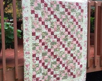 Quilt, Lap Quilt, Quilted Throw, Patchwork Quilt, Floral Parchwork Quilt, Floral Quilt
