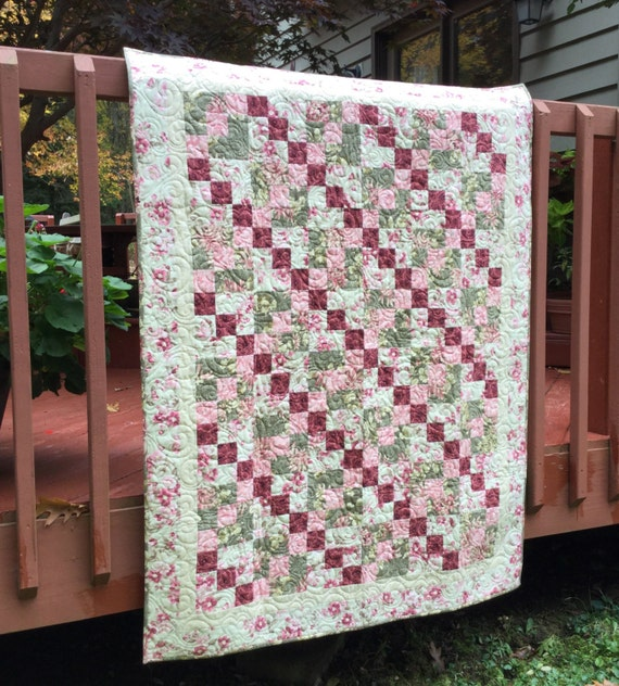 Quilt, Lap Quilt, Quilted Throw, Patchwork Quilt, Floral Parchwork Quilt, Floral Quilt