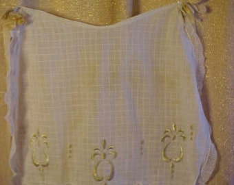 "Vintage apron cotton with embroidery and lace, satin ribbons. waist 14"",15 1/2"" long, # 1172"