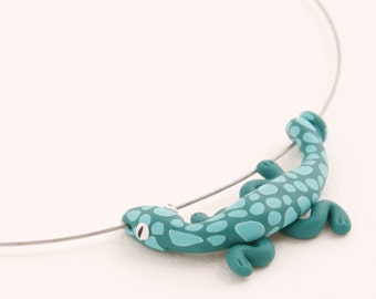 Hand made polymer clay cute PINE-GREEN lizard pendant