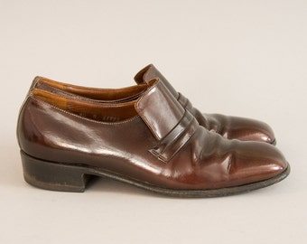Nunn Bush Tux Shoes - Vintage 60s 70s Brown Bronze Patent Leather Slip On Shoes Loafers Square Toe Leather Sole Formal Shoes Size 9