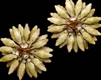 Pale Green Flower Earrings Sandor