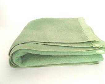Vintage Wool Blanket Soft Spring Green Pure Woolen Twin Size Mariposa Heavy Blanket Made in Ohio