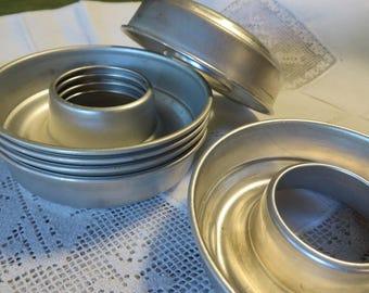 """Molds Metal Aluminium Donut Molds  // 3 5/8"""" Out Diameter Inside Diameter is 1 1/2"""" // Vintage Molds Jello Molds // Set of 6 Doughnut Molds"""
