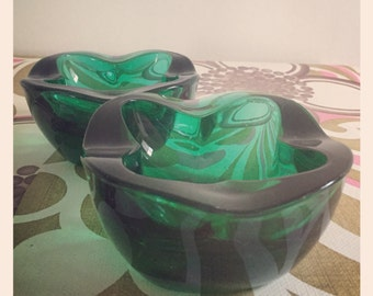 1960s Green Pressed Glass Dish Designed by Frantisek Vizner for Hermanova Sklo Union Bohemia/Czech Glass