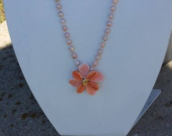 Handmade fresh water pearl, flower sea  shell necklace #00N3