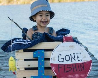 Gone Fishing Sign, Fishing Bobber Sign, Fish Birthday Sign,  Photo Prop, Fish Birthday Decor, CUSTOM MADE, Fishing Door Hanger, Lake Sign