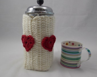 Cafétiere cozy two hearts attached insulating for Bodum coffeemaker cream colour plus 2 red crochet hearts and 2 natural wood buttons