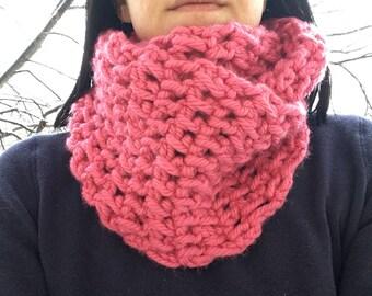 Pink infinity scarf, crochet scarf, crochet neckwarmer, crochet cowl, pink scarf, pink cowl, pink neckwarmer, infinity scarf, pink
