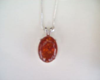 Genuine Baltic Amber Pendant in .925 Sterling Silver 20x15 mm oval