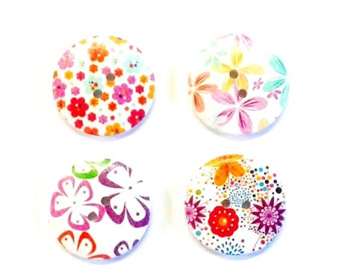 4 x 30mm Multicoloured 4 flower wooden buttons PACK 1