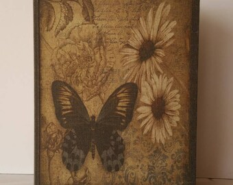 Butterfly camouflage jewelry box, Necklace hanger book box, Earring organizer, Earring holder, Jewelry organizer, Jewelry box,Earring holder