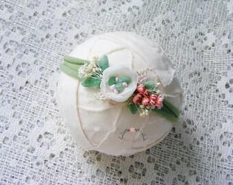 GRENY - Mint newborn headband prop, Photography prop, Newborn tieback prop, Baby halo, Flower headband, Newborn crown