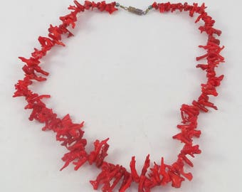 Elegant red coral branch necklace choker