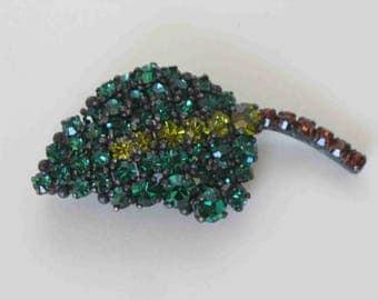 Vintage Emerald Rhinestone Japanned Brooch Leaf Shaped