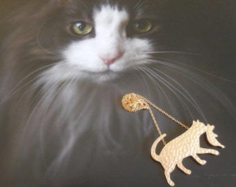 Gold Momma Cat necklace