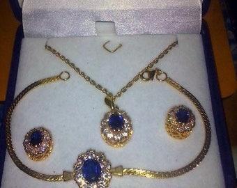 Art de France AdF  3-pcs Gold Plated Set Swarovski Crystals Necklace Bracelet Earrings