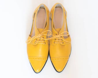 Yellow pointy flats, Platform oxford shoes, Womens shoes, Yellow shoes, Leather shoes, Summer tie shoes, Platform shoes, Cut out shoes