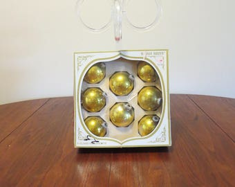 "Lot 8 vintage 1950s 1960s Shiny Brite gold glass Christmas tree ornaments decorations original box 2 1/2"" diameter (52017cc)"