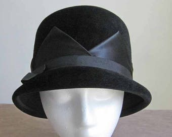 Black Velour Brimmed High Crown 1960's Vintage Hat with Black Satin Triangles and Ribbon Detail Size 22
