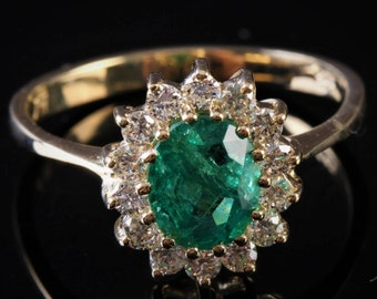 Diamond ring with Emerald-Green Emerald, 1 ct Green Emerald Engagement Ring-Yellow Gold Engagement Ring-Diana Ring-Natural Emerald Ring