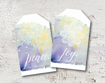 Beautiful watercolor holiday tags, perfect for dressing up packages! A printable PDF makes holiday wrapping easy. Print as many as you like!