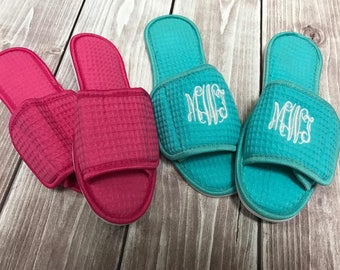 Monogram Slippers - Slippers - Mothers Day Gift - House Shoes - Bride Slippers - Personalized Gift - Mom - Mom Gift - Gifts for Her
