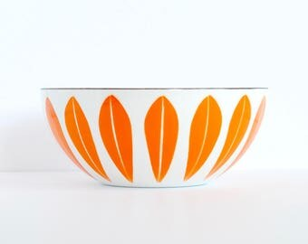 "Near Mint 8"" Large Cathrineholm Norway Orange on White Vintage Enamel Metal Lotus 20 cm Bowl, Vintage Scandinavian Mid-century Modern 1 of 2"