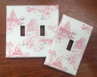 Disney Pink Princess toile light switch plate cover // Free personalization ** SAME DAY SHIPPING!