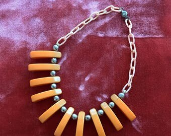 Butterscotch Bakelite and Celluloid Choker Necklace with Dainty Flower Clasp