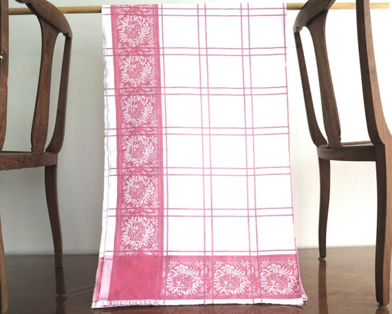 Vintage damask linen tablecloth, pink border of flowers and white and pink checks, large, 75 x 48 inches / 190 x 122 cm, mid 20th century